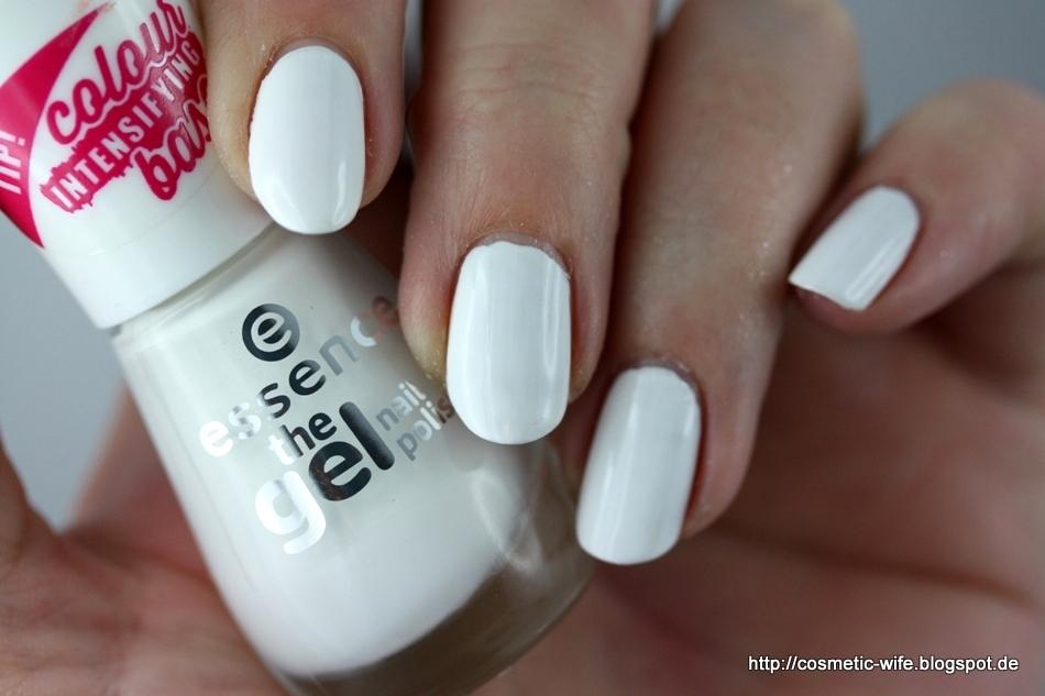 Essence Gel Nail Polish 33 - To Bend Light